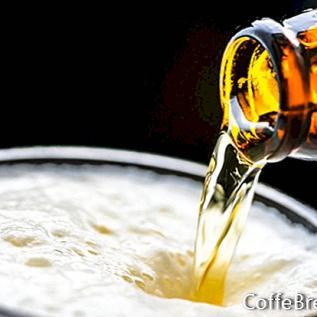 Kopi Luwak alaus virdulyje
