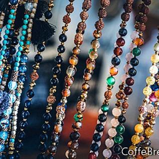 Disfraz de gitana: accesorios con cuentas