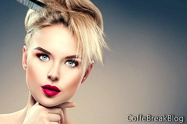 Usando Lip Liner y Lipstick