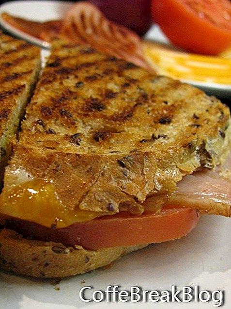 מתכוני סנדוויץ 'מעדנייה בשר ועוגיות בגריל