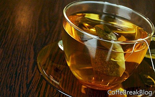 Insalata di tè alla menta e fetti di mais
