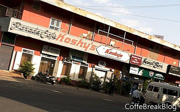 Kávu u kultovního Koshyho, Bangalore